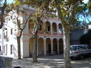 Antic edifici de l'escola Artur Martorell