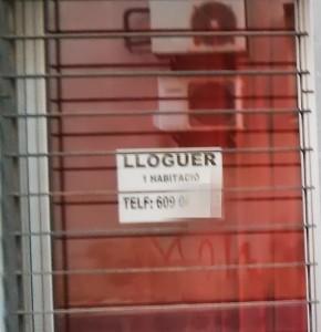 """Lloguer d'un """"habitatge"""" d'una habitació."""